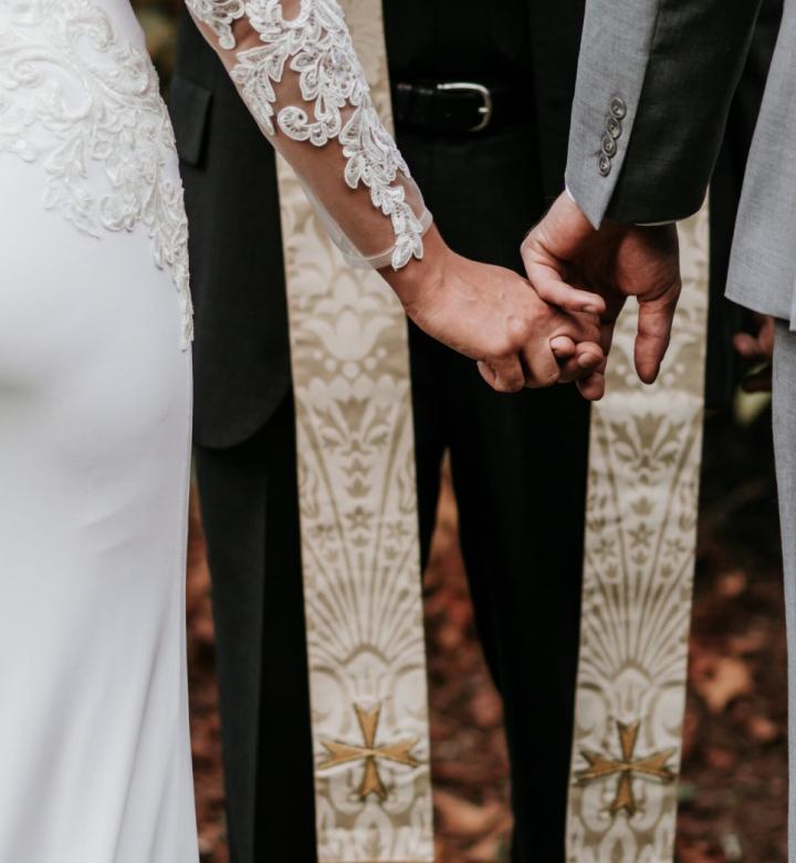 Wedding_left